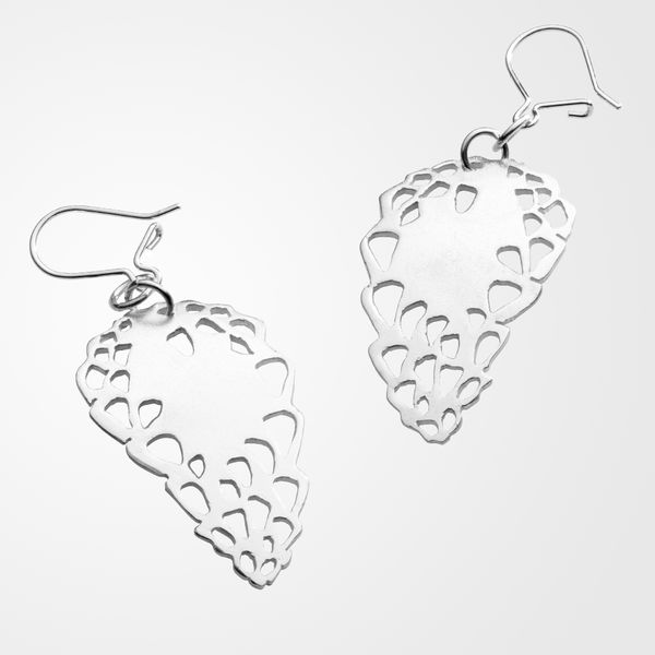 Sweetheart, dangle earrings